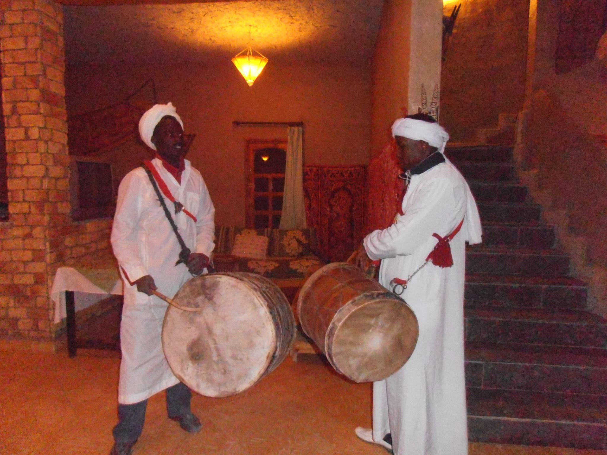 Musica Marocco, Musica Gnawa, Tratta degli schiavi neri d'Africa | Arché Travel