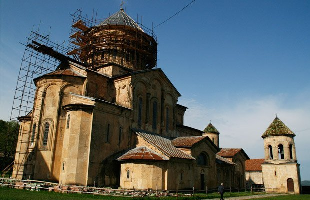 Cattedrale-di-bagrati-a-Kutaisi - Arché Travel On Tour Viaggio in Georgia