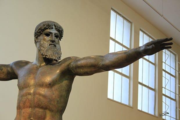 Statua di Zeus o Poseidone - Bronzo - 460 a.C. circa - Museo Archeolgico Nazionale di Atene
