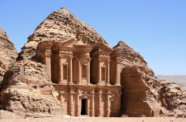 petra-cosa-vedere-monastero-arche-travel