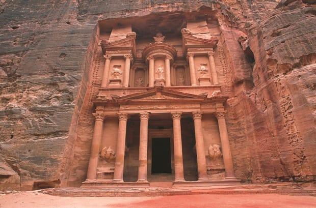 petra-storia-palazzo-el-Khazneh-giordania