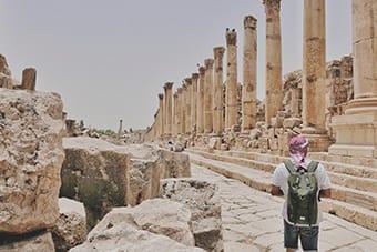 Jerash - Via delle Colonne - Tour Giordania Ponte Primo Novembre