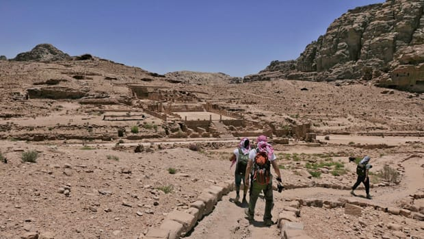 parco archeologico petra giordania viaggio in giordania - Arché Travel