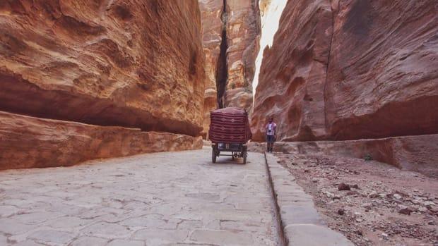 siq petra giordania viaggio in giordania - Arché Travel