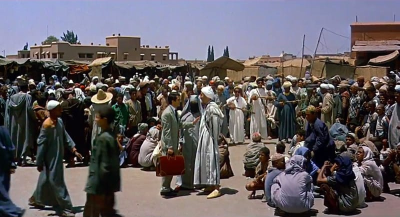 Piazza Jemaa el-Fna -  l'uomo che sapeva troppo - Alfred Hitchcock