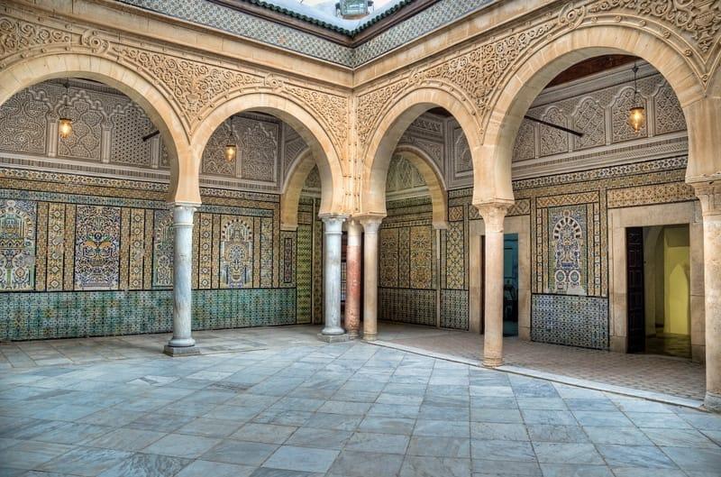 Scopri il patrimonio culturale tunisino