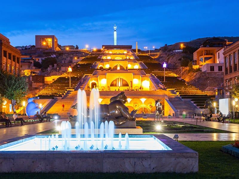 Complesso delle cascate Yerevan - Storia Armenia