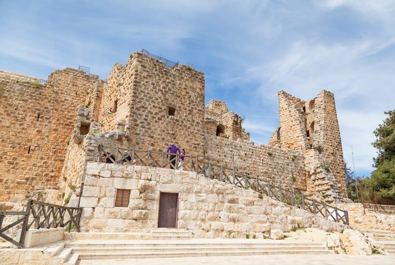 torri guardia mura castello ajlun