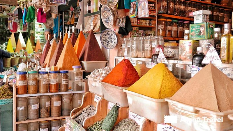 Spezie nella Medina di Essaouira - souvenir marocco