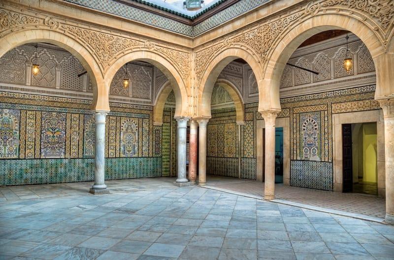 Kairouan Mausoleo del Barbiere - Storia della Tunisia