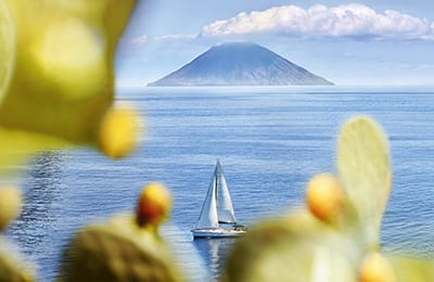 Tour Isole Eolie in libertà | Arché Travel Tour Operator