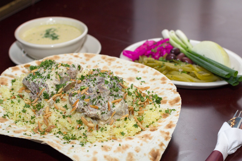 piatti tradizionali Giordania, mansaf, cucina giordana
