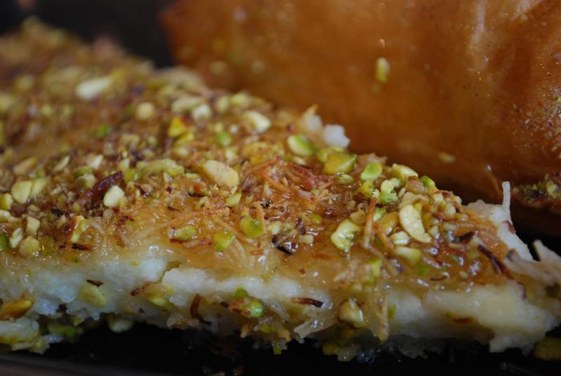 cosa mangiare in Giordania - Knafeh cucina giordana   © Alpha
