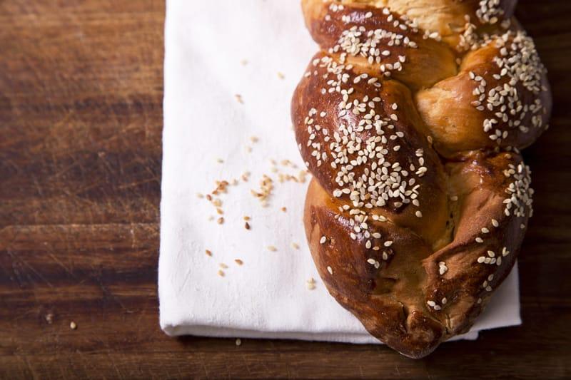 cosa mangiare in Israele,  Treccia di Challah - cucina israeliana
