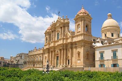 Centro Storico di Noto Gran Tour Sicilia Organizzato 7 giorni