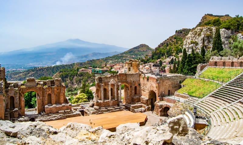 panorama teatro greco taormina
