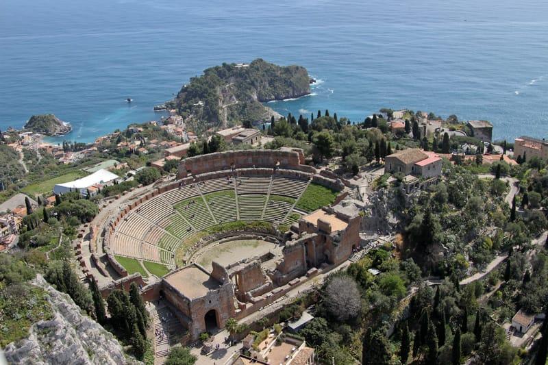 Teatro greco vista aerea