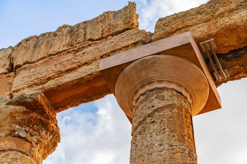 capitello dorico valle dei templi agrigento