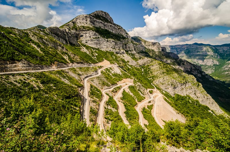 Paesaggi montani - Albania - Viaggi on the road Europa Estate