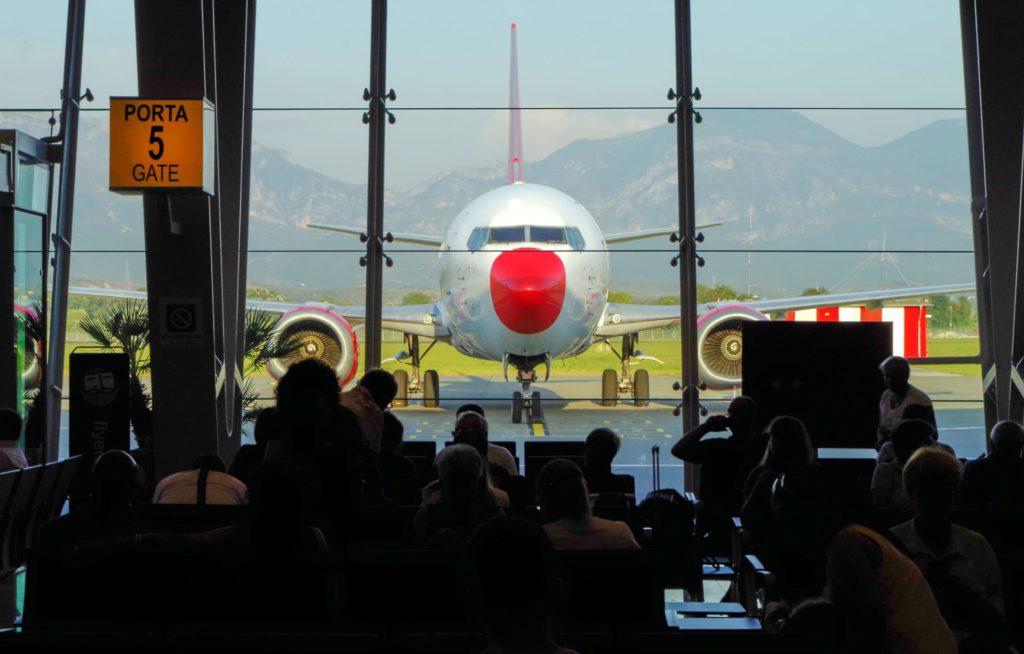 Aeroporto - Documenti per Albania