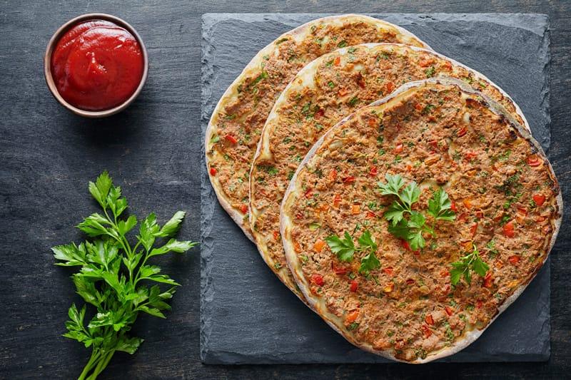 Lahmacun, piatti tipici Armenia, cucina armena