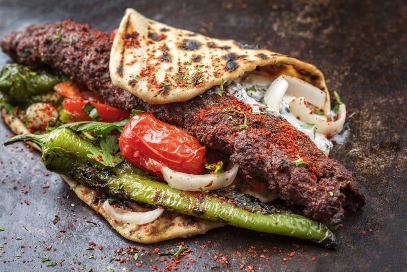 Cosa si mangia in Libano, cibo libanese, Kubideh