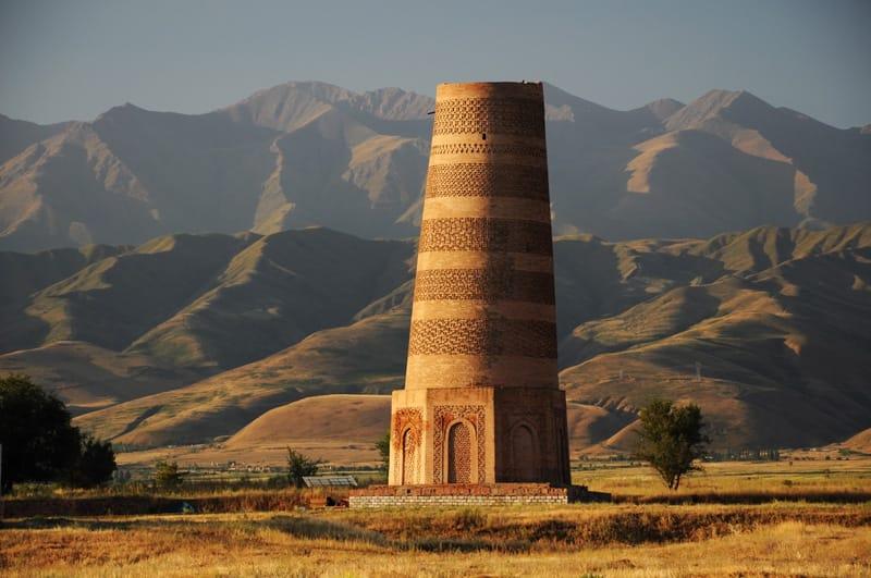 Torre Burana Kochkor - 10 cose da vedere in Kirghizistan