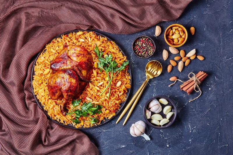 Cucina tipica saudita, cosa mangiare in Arabia Saudita, Kabsa