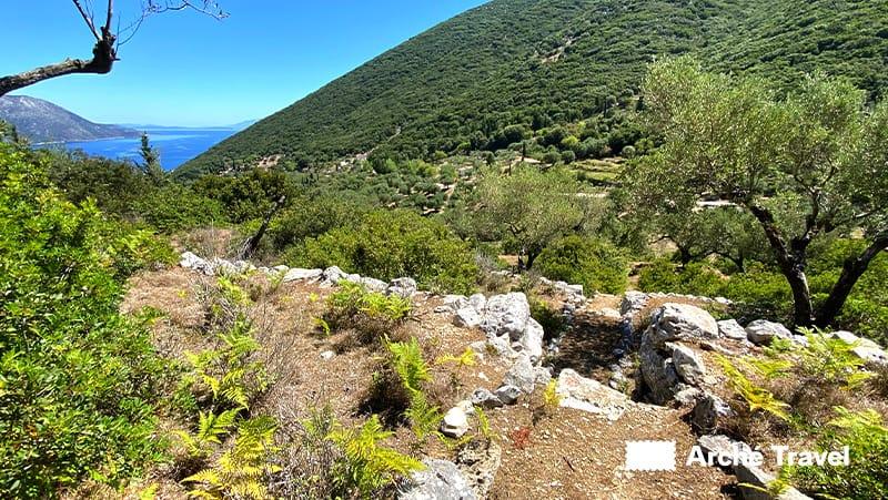 Acropolis Alalcomenes antica città di Itaca cosa vedere Grecia