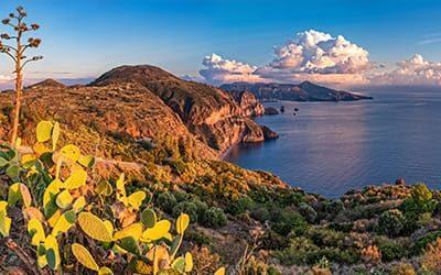 Lipari cosa vedere e fare lipari come arrivare - blog di viaggi italia isole eolie