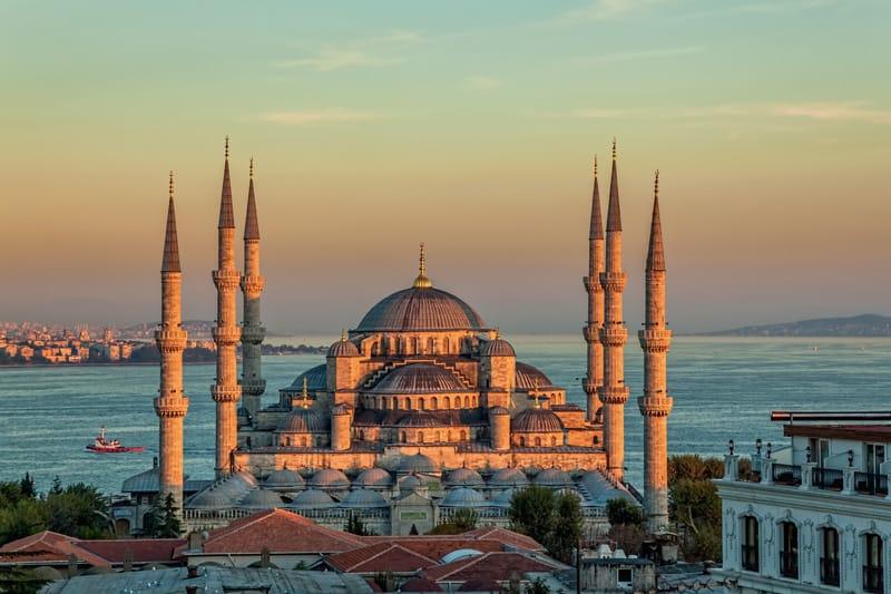moschea blu minareti