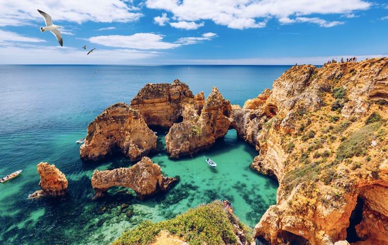Algarve, portogallo. viaggi estero estate 2021